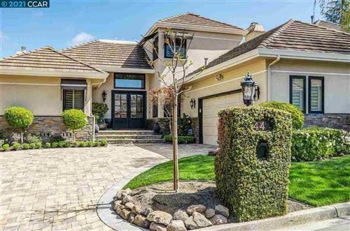 Photo of 44 White Pine Lane, DANVILLE, CA 94506 (MLS # 40944760)