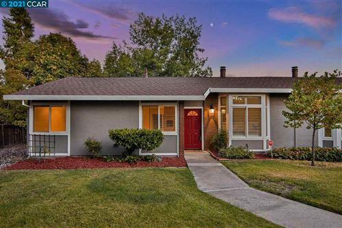 Photo of 2146 Smith Ln, CONCORD, CA 94518 (MLS # 40959760)