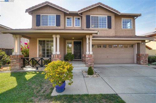 Photo of 1358 Jayhawk Ln, LIVERMORE, CA 94551 (MLS # 40922761)