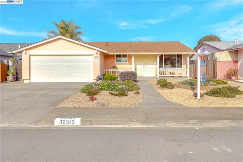 Photo of 32315 Darlene Way, UNION CITY, CA 94587 (MLS # 40895765)