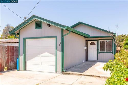 Photo of 721 15Th St, RICHMOND, CA 94801 (MLS # 40910765)