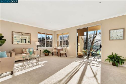 Photo of 1860 Tice Creek Dr #1307, WALNUT CREEK, CA 94595 (MLS # 40895766)