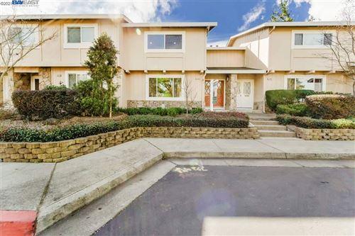 Photo of 22686 Royal Oak Way, CUPERTINO, CA 95014 (MLS # 40944766)