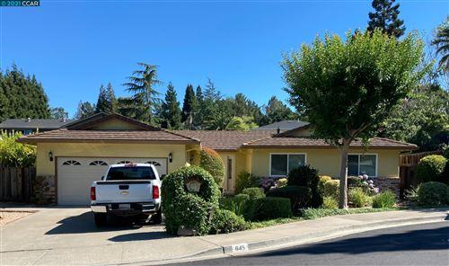 Photo of 645 Keith Ct, Walnut Creek, CA 94597 (MLS # 40967766)