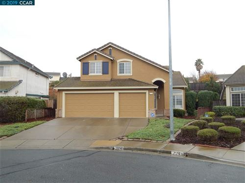 Photo of 224 Shadow Hill Cir, PITTSBURG, CA 94565 (MLS # 40890769)