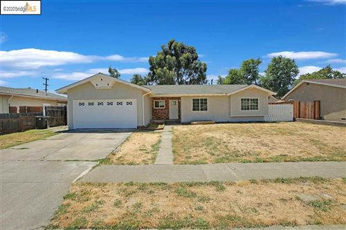 Photo of 7812 Tamarack Dr, DUBLIN, CA 94568 (MLS # 40910770)