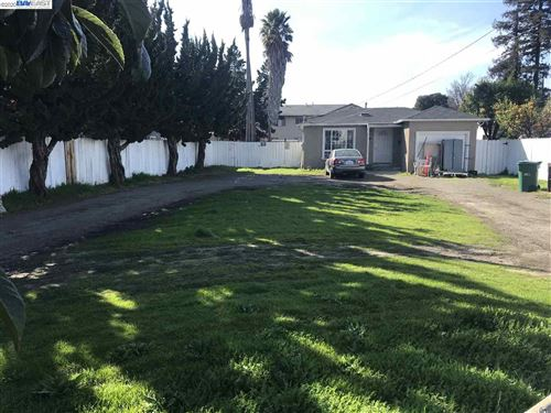 Photo of 25855 Huntwood Ave, HAYWARD, CA 94544 (MLS # 40895773)