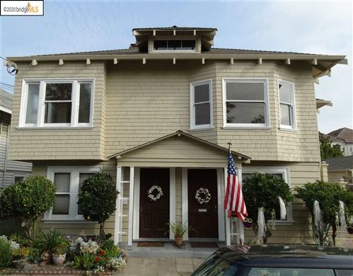 Photo of 1010 Oak St, ALAMEDA, CA 94501 (MLS # 40924774)
