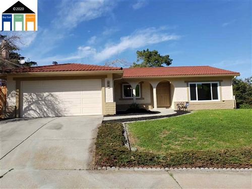Photo of 66 Laguna Cir, PITTSBURG, CA 94565 (MLS # 40895778)
