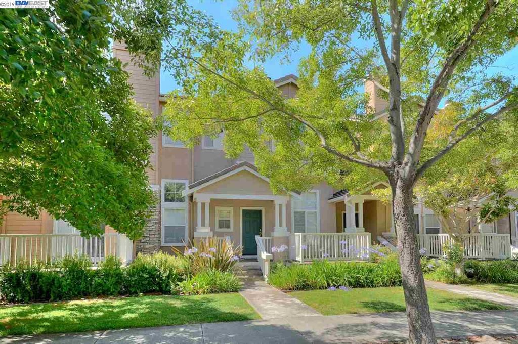 Photo for 4572 Central Pkwy #20, DUBLIN, CA 94568 (MLS # 40873778)