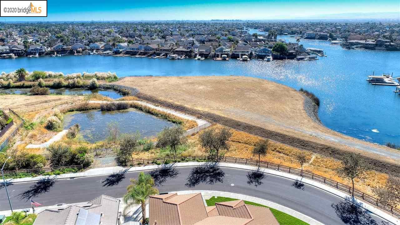 Photo of 4035 Newport Lane, DISCOVERY BAY, CA 94505 (MLS # 40925778)