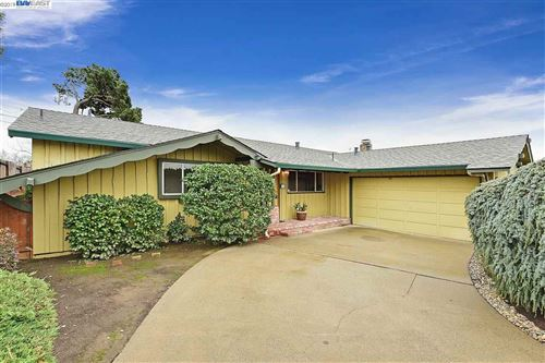 Photo of 659 Briergate way, HAYWARD, CA 94544 (MLS # 40890779)