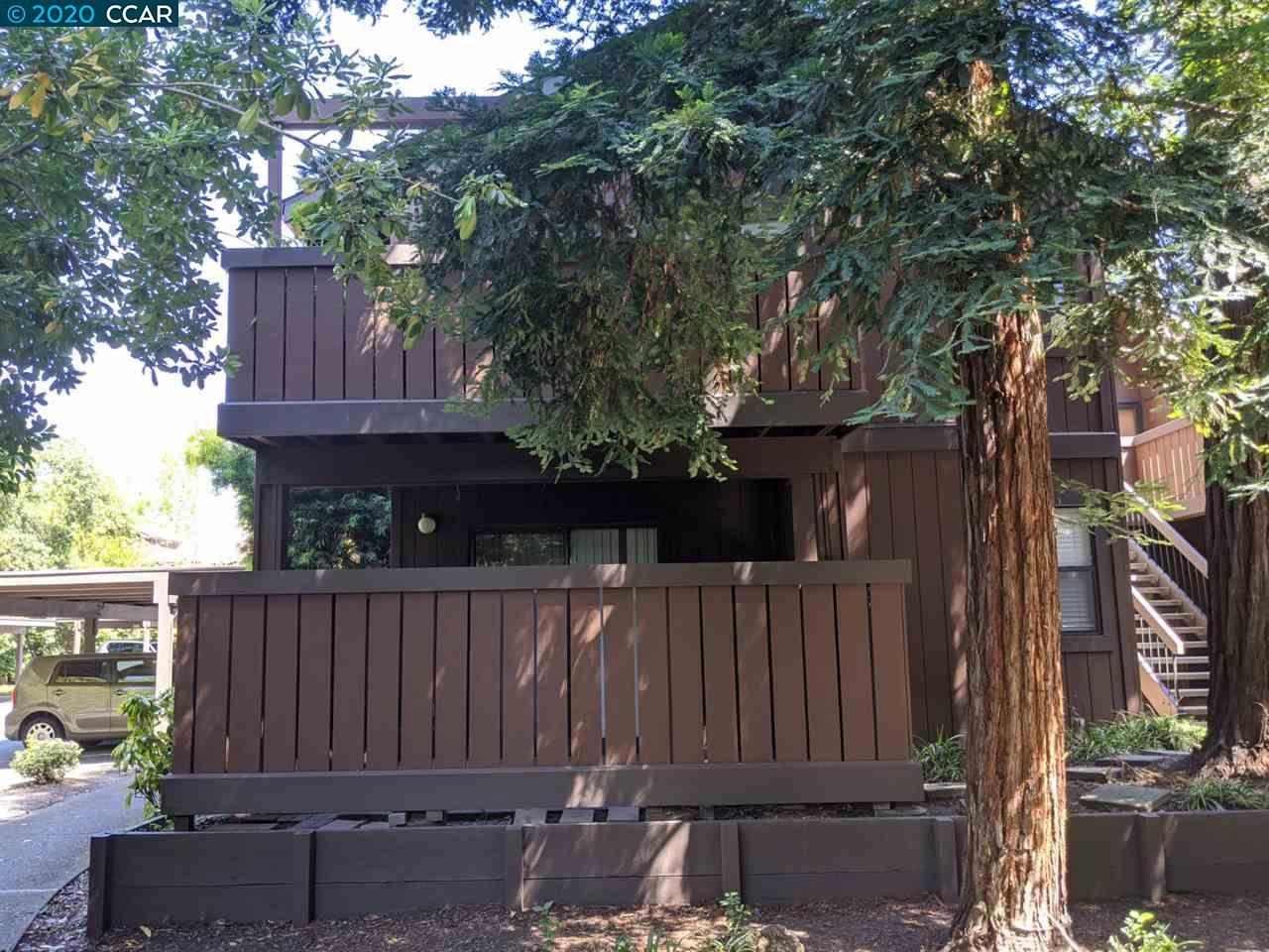 Photo of 870 Camelback Pl, PLEASANT HILL, CA 94523 (MLS # 40903780)