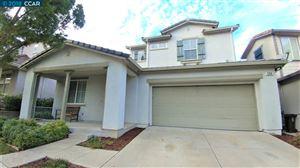 Photo of 539 BLACK WALNUT PL, HERCULES, CA 94547 (MLS # 40846781)