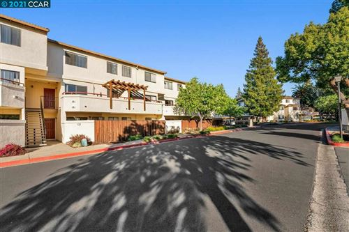Photo of 5075 Valley Crest Dr #246, CONCORD, CA 94521 (MLS # 40939783)