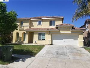 Photo of 337 San Bernardino St, LOS BANOS, CA 93635 (MLS # 40868784)