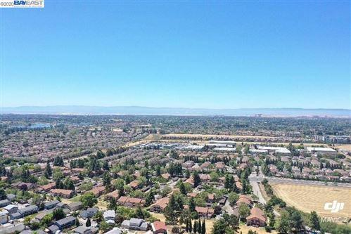 Photo of 379 Appian Way, UNION CITY, CA 94587 (MLS # 40906785)