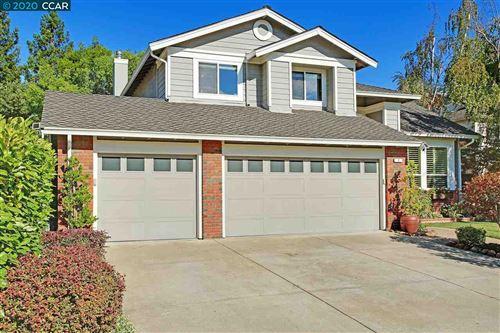 Photo of 7 Auburn Ct, DANVILLE, CA 94506 (MLS # 40916785)
