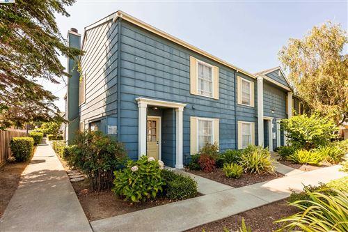 Photo of 19983 Santa Maria Ave #301, CASTRO VALLEY, CA 94546 (MLS # 40964786)