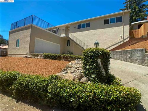Photo of 18069 Vineyard Rd, CASTRO VALLEY, CA 94546 (MLS # 40911787)