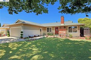 Photo of 844 Cherokee Dr, LIVERMORE, CA 94551 (MLS # 40870789)