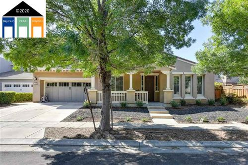 Photo of 135 S Dulce St, MOUNTAIN HOUSE, CA 95391 (MLS # 40921790)
