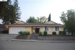 Photo of 771 Neal Pl, PLEASANTON, CA 94566 (MLS # 40833791)