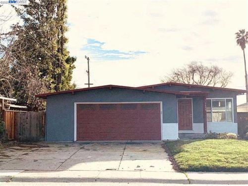 Photo of 1468 Canton Dr, MILPITAS, CA 95035 (MLS # 40892792)
