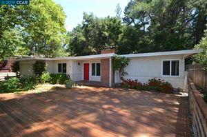 Photo of 928 JANET LN, LAFAYETTE, CA 94549-4719 (MLS # 40867793)