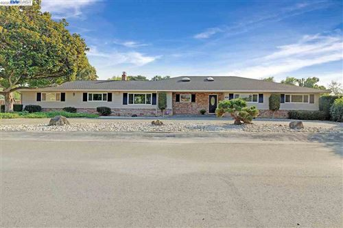 Photo of 34171 Perry Rd, UNION CITY, CA 94587 (MLS # 40922794)