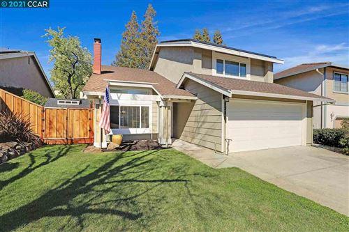 Tiny photo for 1091 Village Oaks Dr, MARTINEZ, CA 94553 (MLS # 40938796)