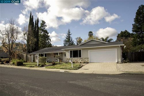Photo of 1195 Blue Lake Way, CONCORD, CA 94521 (MLS # 40890797)
