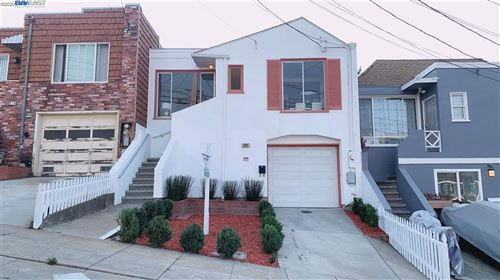 Photo of 370 Accacia St, DALY CITY, CA 94014 (MLS # 40919798)