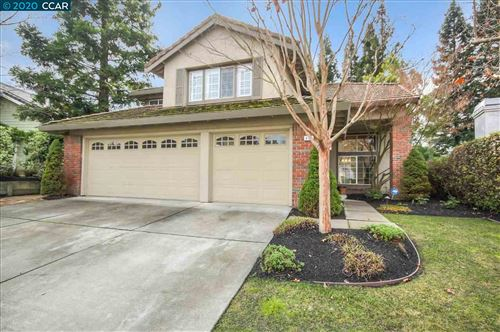 Photo of 413 Skycrest Dr, DANVILLE, CA 94506 (MLS # 40892799)