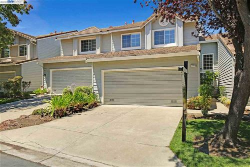 Photo of 11403 Winding Trail Ln, DUBLIN, CA 94568 (MLS # 40913800)