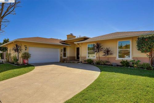 Photo of 40735 Ambar Pl, FREMONT, CA 94539 (MLS # 40896802)