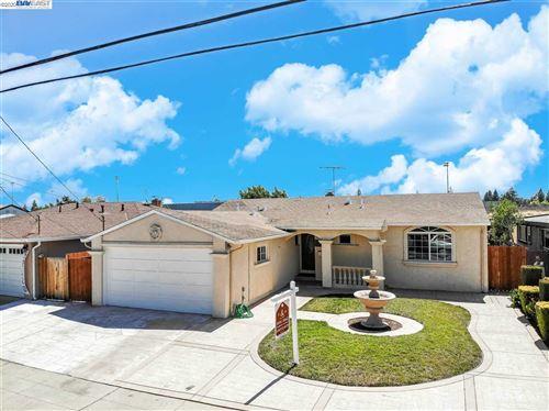 Photo of 30503 Carroll Ave, HAYWARD, CA 94544 (MLS # 40911805)