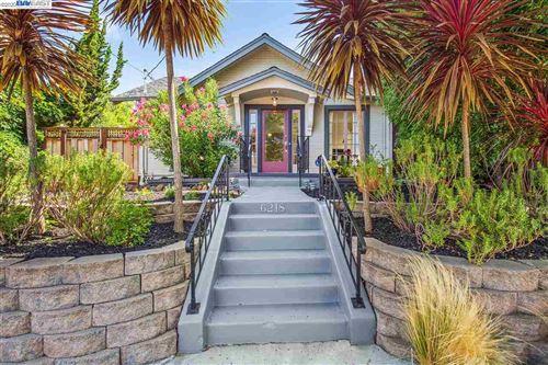 Photo of 6218 MONADNOCK WAY, OAKLAND, CA 94605 (MLS # 40915805)