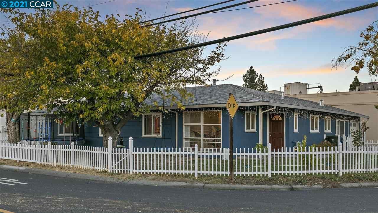 Photo of 1899 Susan Ln, PLEASANT HILL, CA 94523 (MLS # 40933805)