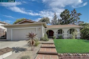 Photo of 262 Holiday Hills Dr, MARTINEZ, CA 94553 (MLS # 40877809)