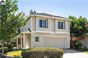 Photo of 438 Orchard View Ave, MARTINEZ, CA 94553 (MLS # 40878809)