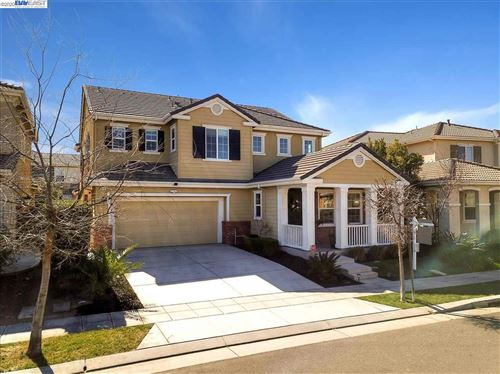 Photo of 512 W Campania Way, MOUNTAIN HOUSE, CA 95391 (MLS # 40896809)