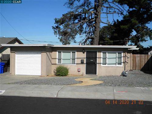 Photo of 1391 Madeline Rd, SAN PABLO, CA 94806 (MLS # 40901809)