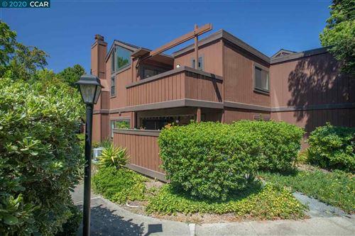 Photo of 837 Camelback Pl, PLEASANT HILL, CA 94523-1326 (MLS # 40913809)