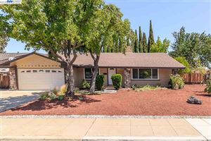Photo of 1262 Vancouver Way, LIVERMORE, CA 94550 (MLS # 40825810)