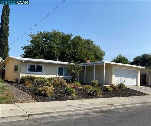 Photo of 2784 Mayfair Ave, CONCORD, CA 94520 (MLS # 40921810)