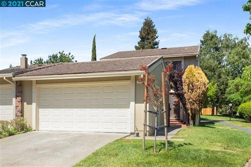 Photo of 231 Thistle Cir, MARTINEZ, CA 94553 (MLS # 40955811)