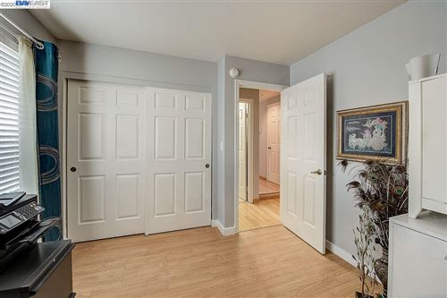 Tiny photo for 24226 Rolling Ridge Ln, HAYWARD, CA 94541 (MLS # 40892812)