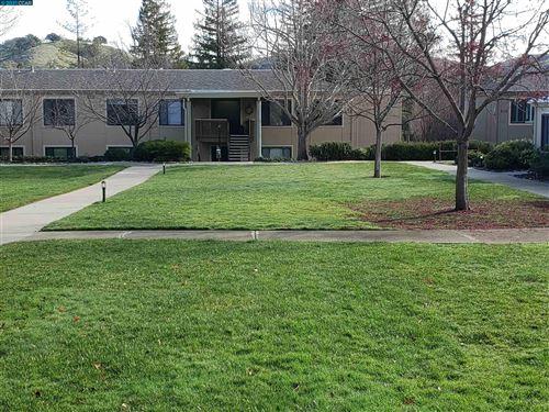 Photo of 1131 Oakmont Dr #3, WALNUT CREEK, CA 94595 (MLS # 40967812)