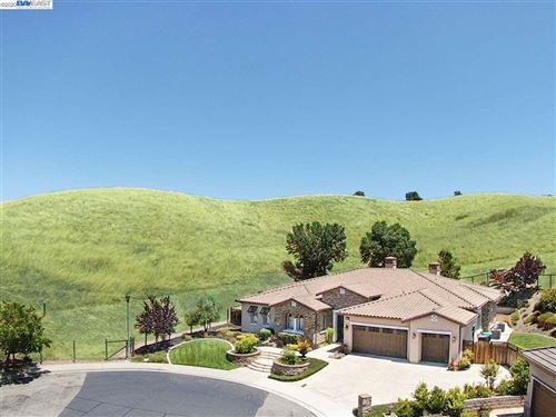Photo of 4869 Livingston Pl, PLEASANTON, CA 94566 (MLS # 40909814)